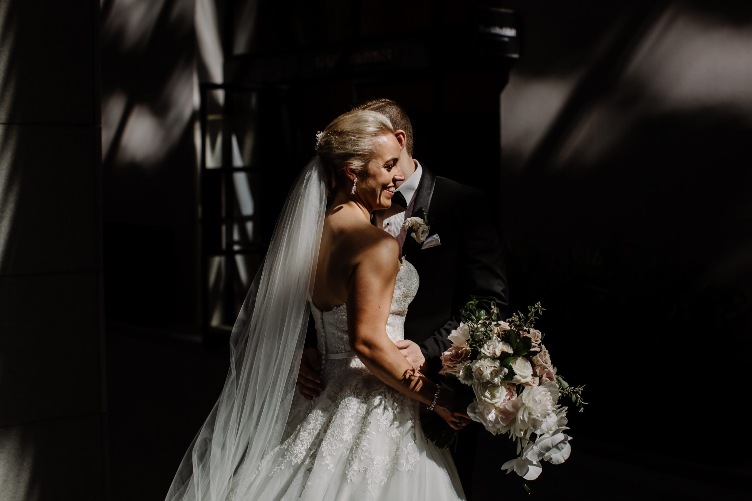 como perth wedding photographers with bride and groom